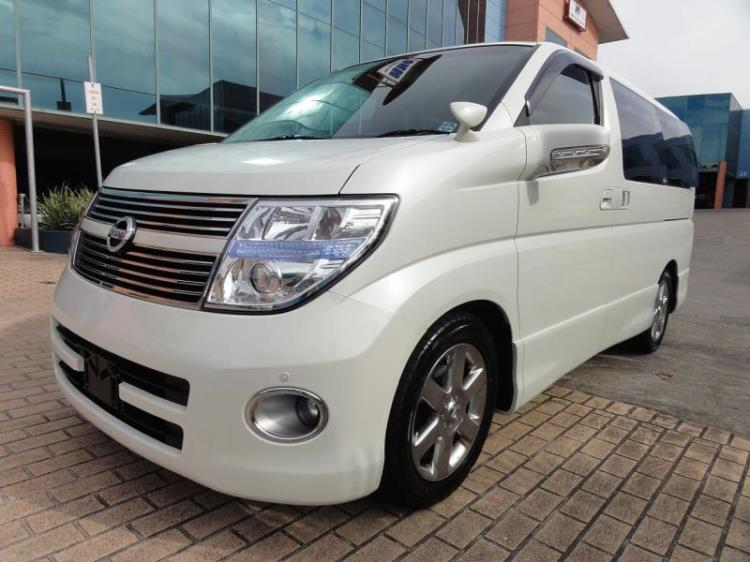 2010 NISSAN ELGRAND WAGON hIGHWAY STAR E51 3
